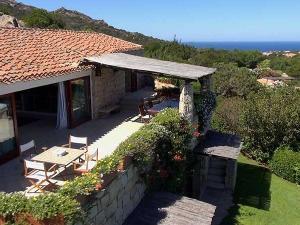 Real Estate Villa in Porto Cervo Pevero